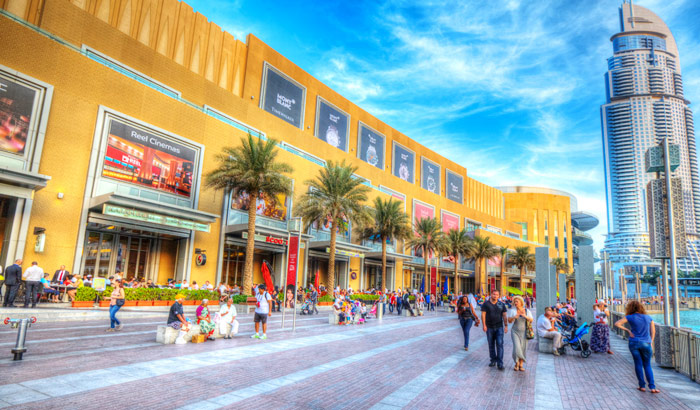 Visiting Dubai Mall And Souks