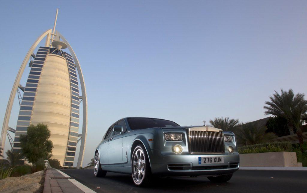 Most beautiful cars in dubai 2016 dubai visa for Most expensive hotel in dubai 2016